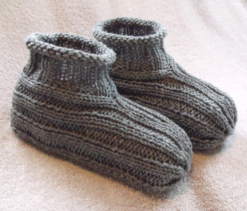 knit adult slippers