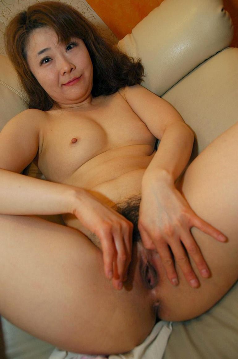 mature japanese nude