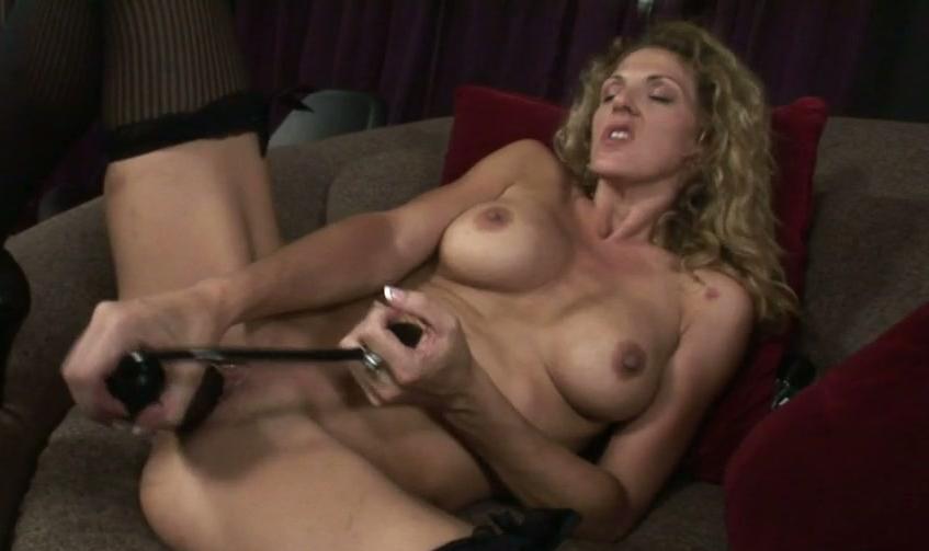 mom young mature seduces