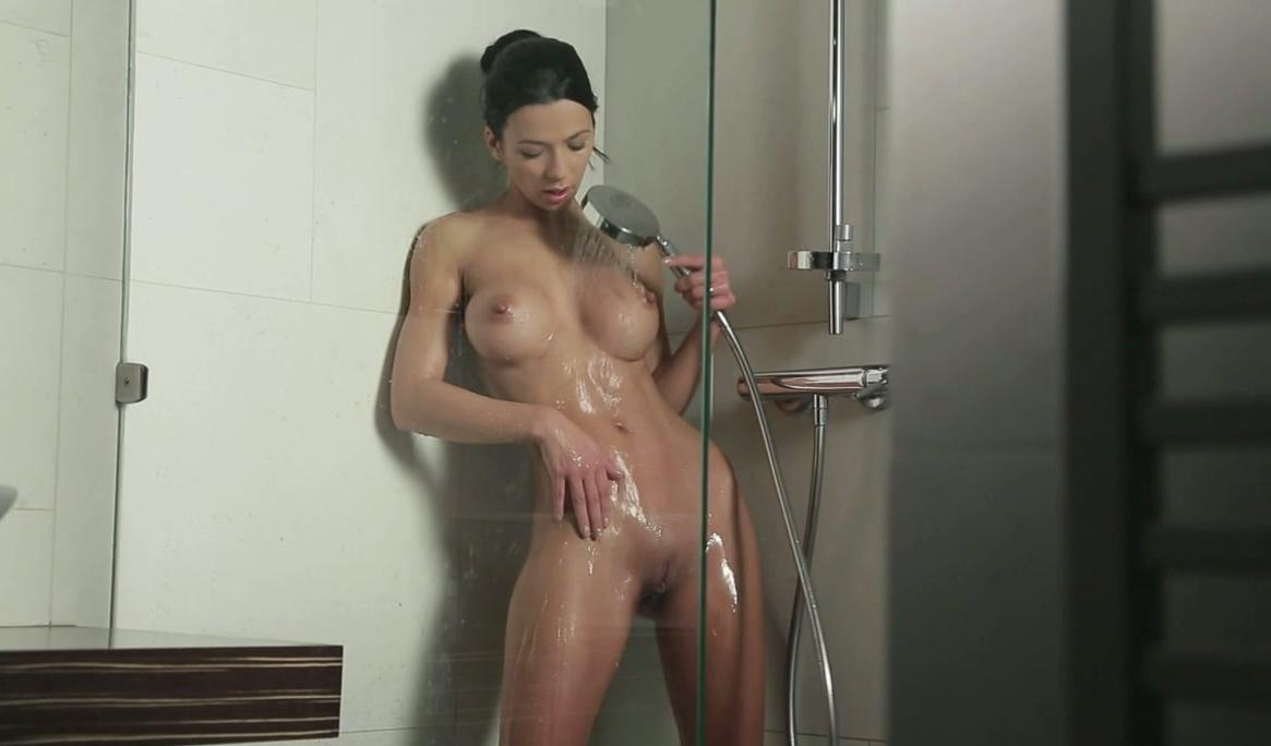 free nude hand job