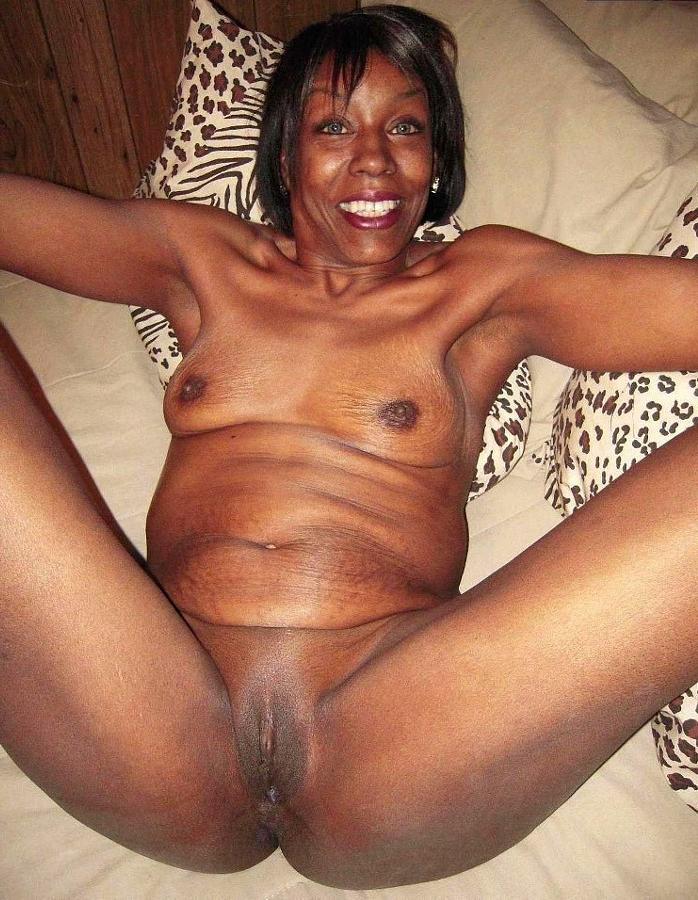 pics mature vulva