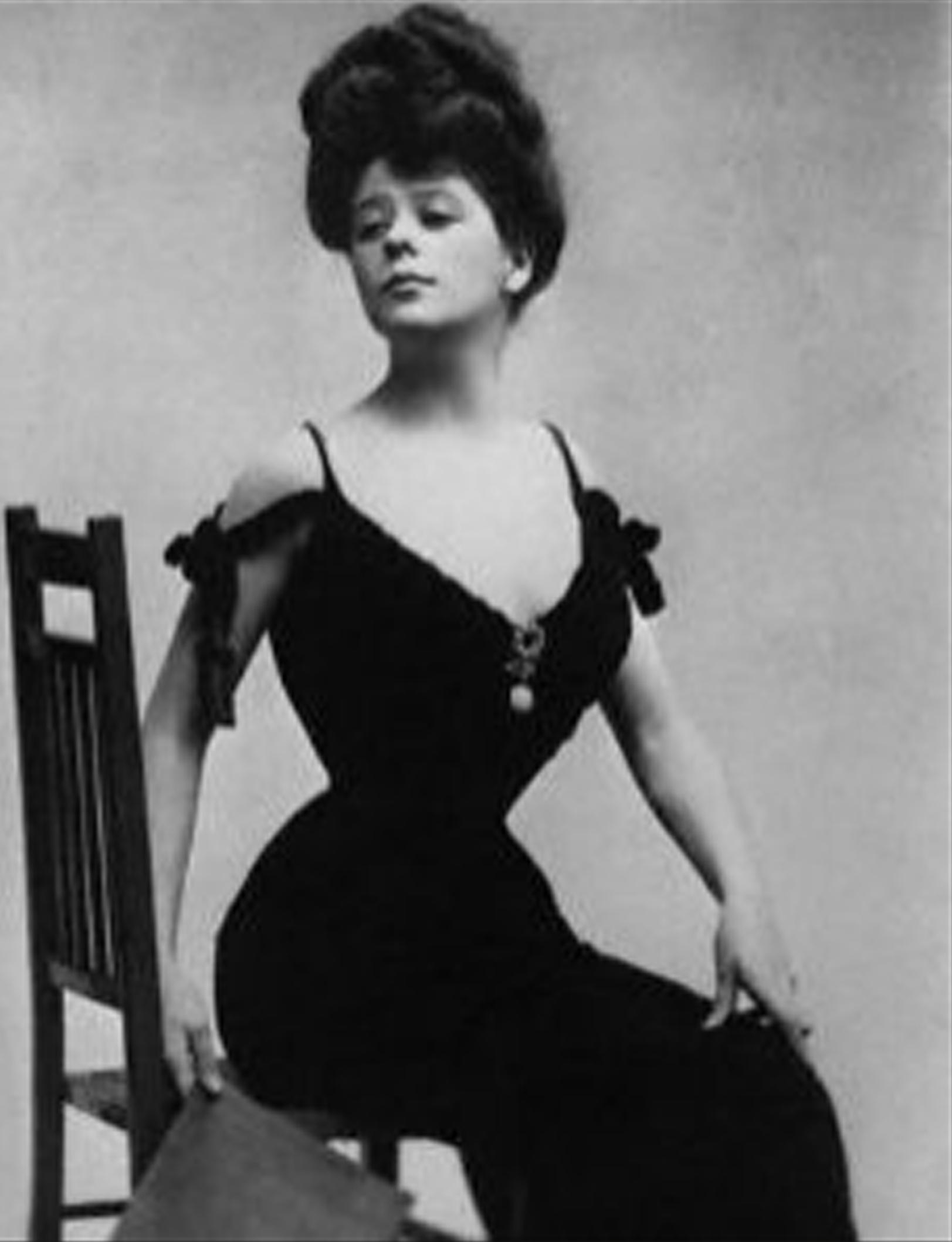 pornography modern corsets