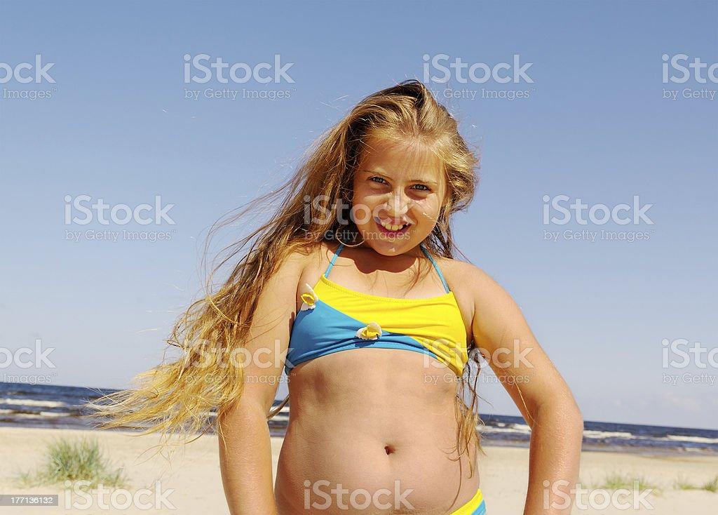 beach girl fat on