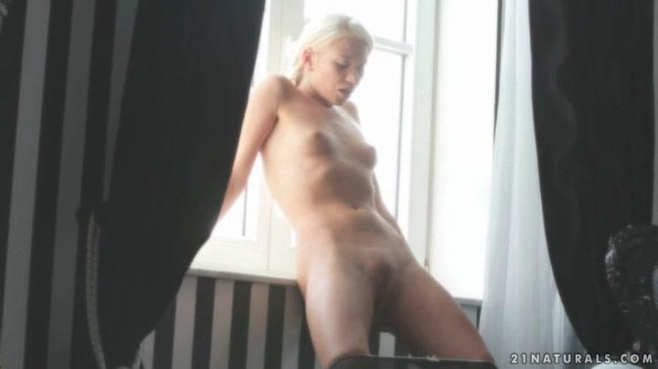 big homeade natural cum blowjob breasts