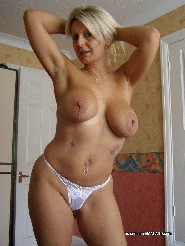 milf amateur blonde