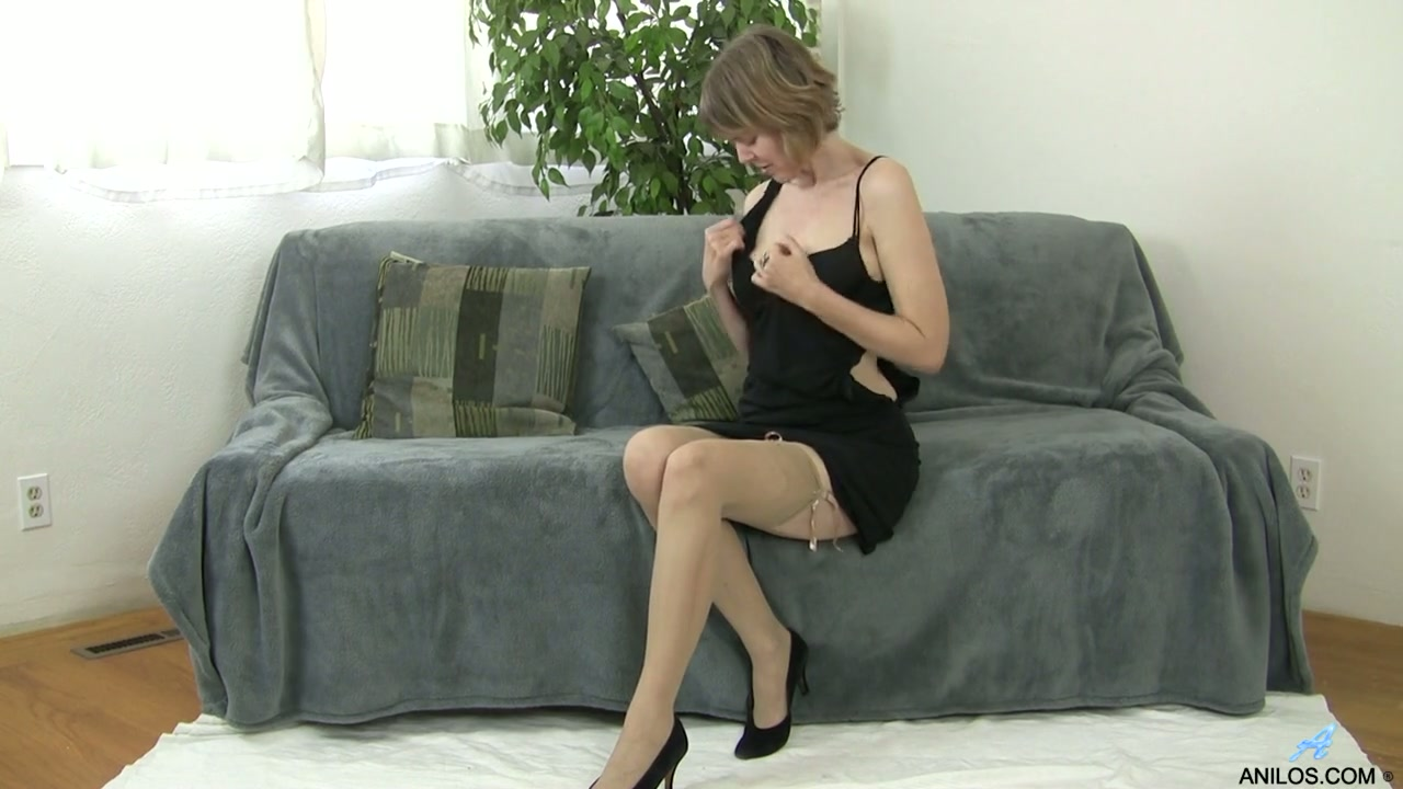 threesome wife swapping